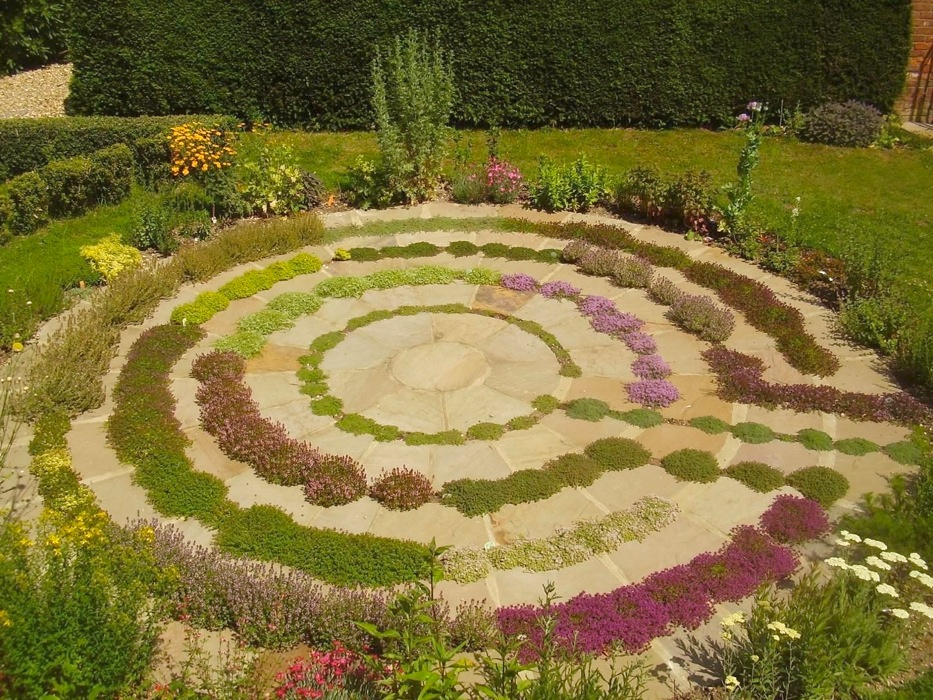 Using the labyrinth as a spiritual tool moonlight muse for How to landscape a garden
